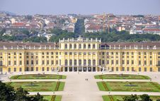 Free Scheonbrunn Castle, Vienna Royalty Free Stock Photo - 14956705