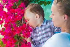 Free Mother And Baby Stock Photo - 14957710