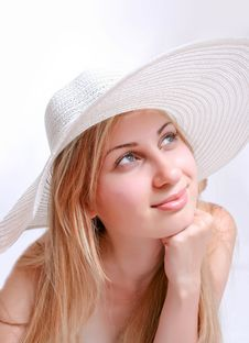 Free Girl Wearing A White Hat Stock Images - 14960424
