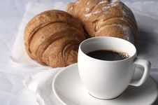 Free Coffee And Croissants Royalty Free Stock Photos - 14966518