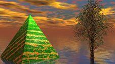 Free Pyramid Royalty Free Stock Photo - 14969505