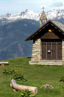 Free Church In The Alps Royalty Free Stock Photos - 14970748