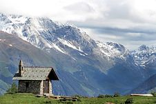 Free Church In The Alps Royalty Free Stock Photo - 14970905