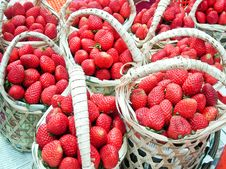 Free Strawberries In Wood Baskets Royalty Free Stock Photos - 14975188