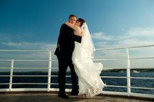 Free Embrace Of Newly Weds Stock Photography - 14976362