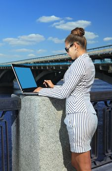 Free Woman With Laptop On Quay Stock Images - 14978974
