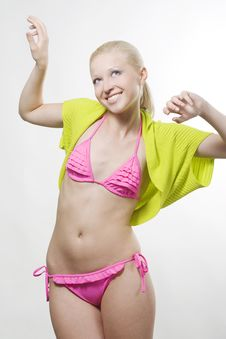 Free Woman Wearing Pink Bikini Royalty Free Stock Image - 14983256