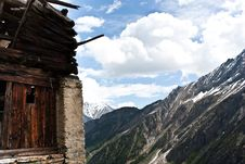 Free Alpine Old House Stock Image - 14983811