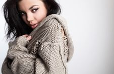 Free Beautiful Young Brunette In A Woollen Sweater Stock Photography - 14986182