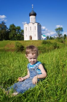 Free Little Boy On A  Orthodox Church Background Royalty Free Stock Image - 14993326