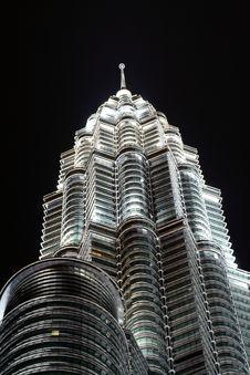 Free Petronas Towers In Nighttime Royalty Free Stock Photos - 14993918