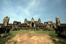 Free Angkor Wat Royalty Free Stock Photos - 14994088