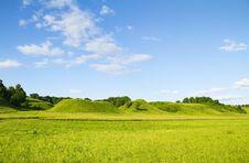 Free Green Hill Blue Sky Stock Photos - 14994873