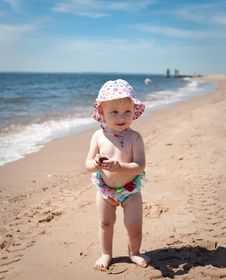 Free Baby Royalty Free Stock Photography - 14995107