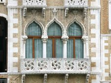 Free Arabesque Balconies In Venice Stock Photography - 14997782