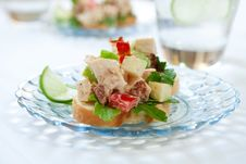 Free Spicy Chicken Salad Sandwich Royalty Free Stock Photography - 14998767