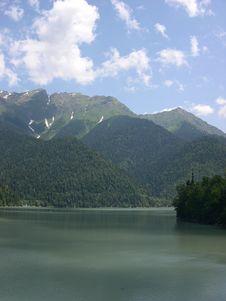 Free Mountain Lake Ritsa, Abkhazia Stock Photos - 159003