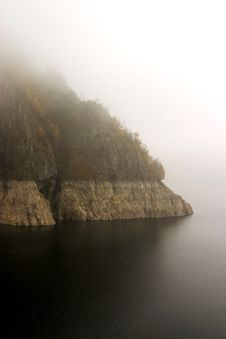 Free Coast In Fog Royalty Free Stock Photography - 1507247