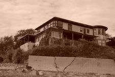 Free Old Abandoned Beach House Sepia Stock Image - 1508241