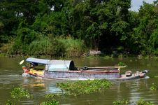 Free Loaded River Boat In Thailand Stock Photos - 15002553