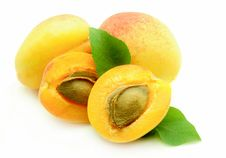 Free Fresh Apricot Royalty Free Stock Photo - 15005155