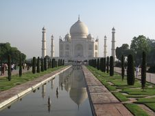 Free Taj Mahal Royalty Free Stock Images - 15006569