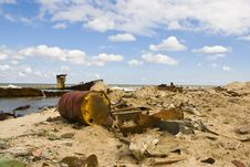 Free Garbage On A Beach Royalty Free Stock Image - 15007476