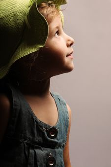Free Girl In A Green Hat Royalty Free Stock Images - 15007509
