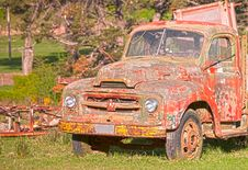 Free Vintage Abandoned Truck Stock Photos - 15008543