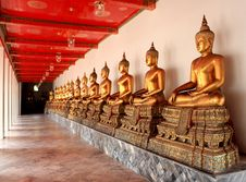 Free Buddha Statues Royalty Free Stock Photos - 15010098