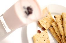 Free Berry Yogurt And Cookies Royalty Free Stock Photo - 15015635