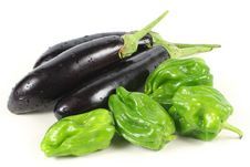 Green Pepper And Eggplant Royalty Free Stock Images