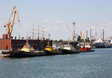 Free Tugboats At Port Stock Photo - 15020420