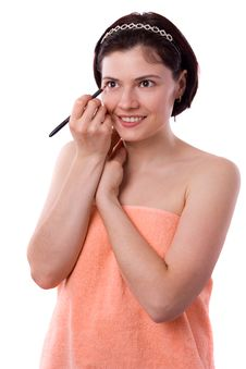 Free Brunette Woman Using Eyeliner On Her Eyes Stock Photo - 15025430