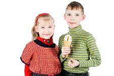 Free Children With Ice-cream Royalty Free Stock Photos - 15027078