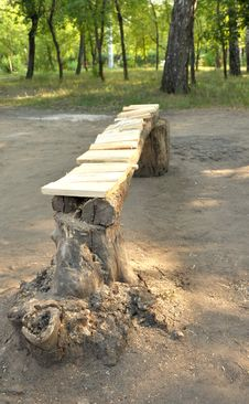Free Wooden Park Bench Stock Images - 15028764