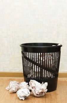 Free Basket For Garbage In A Room Stock Photography - 15028942
