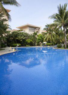 Free Swimming Pool Stock Photos - 15030633