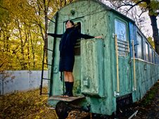 Free Woman, Fall Forest And Old Coach Stock Photos - 15031113