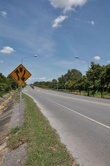 Free Two Way Traffic Symbol Stock Photo - 15033110