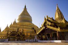 Free Shwezigon Bagoda - Bagan Royalty Free Stock Images - 15034099
