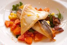 Free Delicious Meal With Great Fish In Hong Kong Royalty Free Stock Photos - 15035048