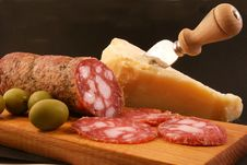 Free Salami With Green Olives And Parmesan Cheese Stock Photos - 15038563