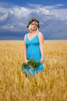 Free Woman In Wreath Of Flowers Stock Photo - 15039190