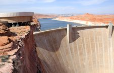 Free Glen Canyon Dam And Lake Powell Stock Images - 15040504