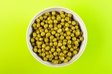Free Green Peas In The Bowl Royalty Free Stock Photo - 15044695