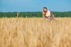 Free Beauty Girl In The Wheat Field Royalty Free Stock Image - 15045506