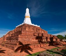 Free Ruined Old Buddhist Pagoda Royalty Free Stock Photos - 15046718