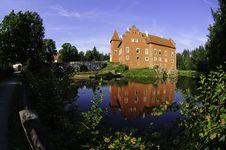 Free Chateau Cervena Lhota Royalty Free Stock Photography - 15047337