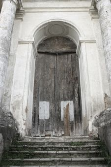Free The Door Of An Old Church Ina Rostov Veliky. Stock Photos - 15050523